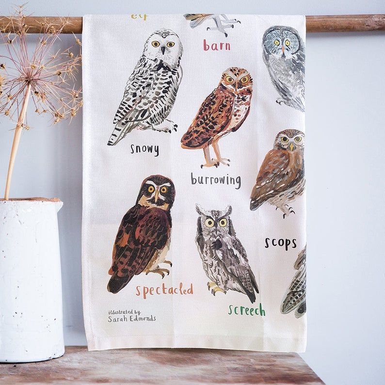 FUNNY ILLUSTRATED TEA TOWELS - HOOTERS