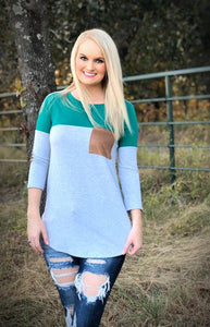 Colorblock 3/4 Sleeve Patch Top