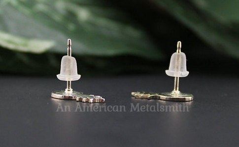 Plastic backings provided by An American Metalsmith