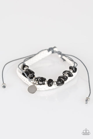 Paparazzi Urban Bracelet - A PEACE Of Work - Black