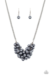 Paparazzi Necklace - Grandiose Glimmer - Black