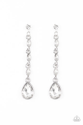 Paparazzi Earring - Must Love Diamonds - White