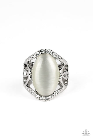 Paparazzi Ring - DEW Onto Others - White