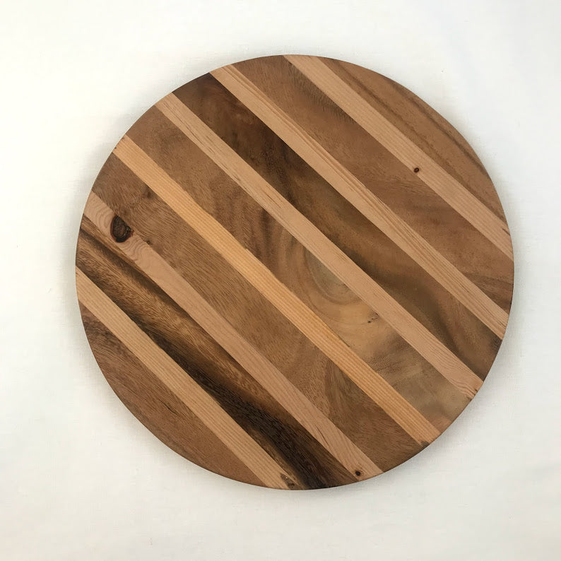 Kasih Coop Acacia Wood 12inches Round Cutting Board