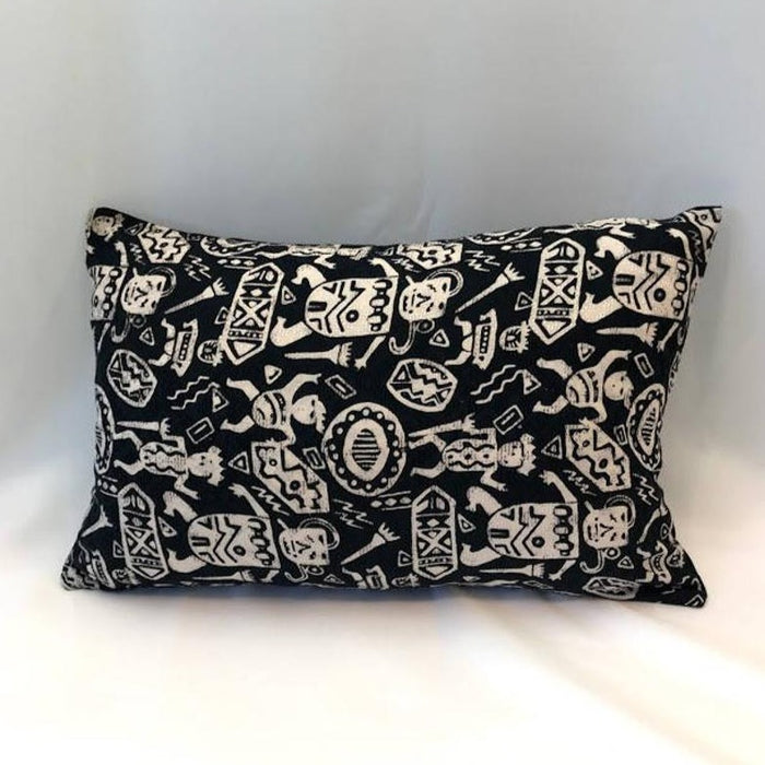 Batik, Ikat Pillow Cover, Black & White. Ethnic, Boho Cushion Case. Handwoven in Indonesia. 12x18 inches