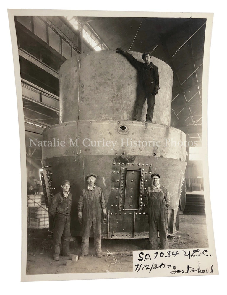 1930 Industrial Factory Workers Labor Photo