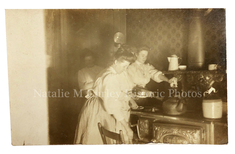 1910s Edwardian Kitchen Cast Iron Stove Photo RPPC