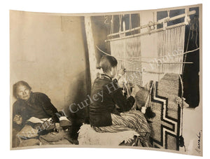 1910s Navajo Native American Indian Women Loom Textile Labor Photo