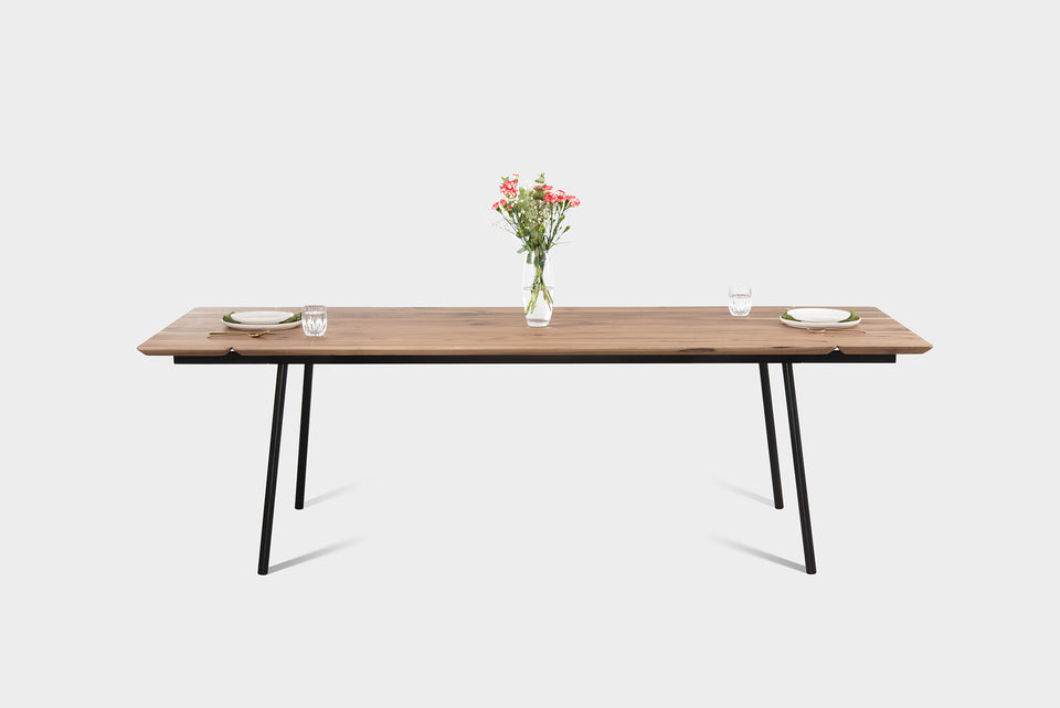 Extendable Dining Table In Walnut | MARTA Extendable Table