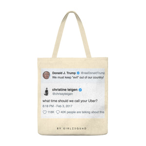 """ Chrissy Teigen vs Trump "" Large Tote Bag"