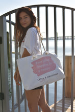 """ Everything happens for a reason "" Lydia x Girlzsquad Handbag"