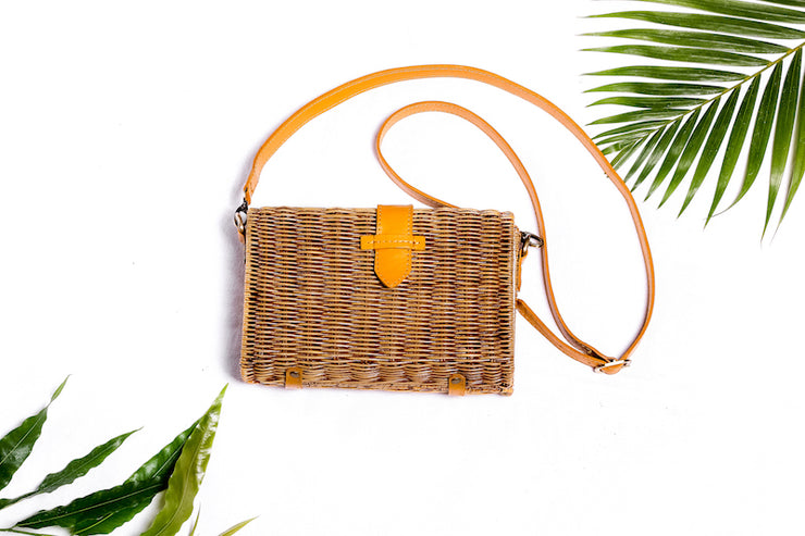 RATTAN ENVELOPE HANDBAG MEGAN - Monnarita - Handmade products