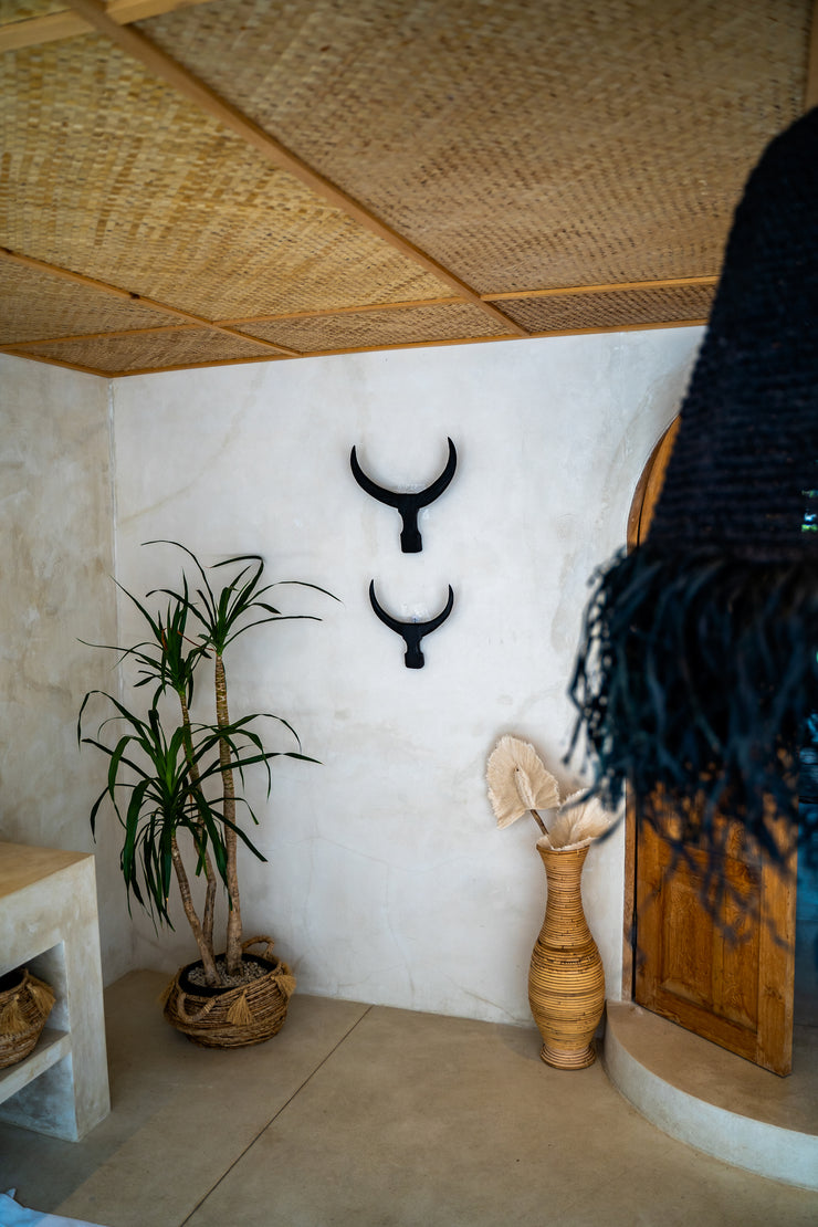 WALL DECO  BULL HOLDS - Monnarita - Handmade products