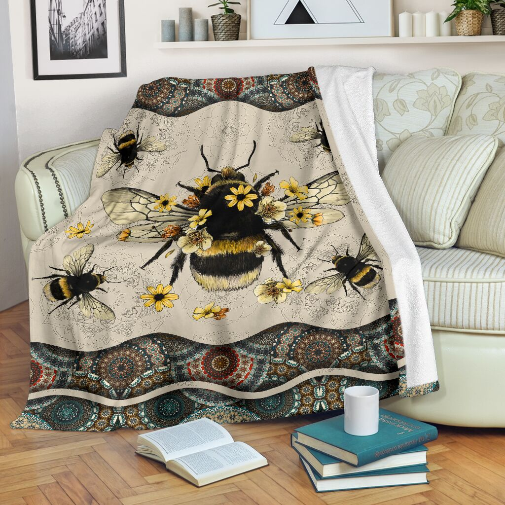 Queen Bee Fleece Blanket