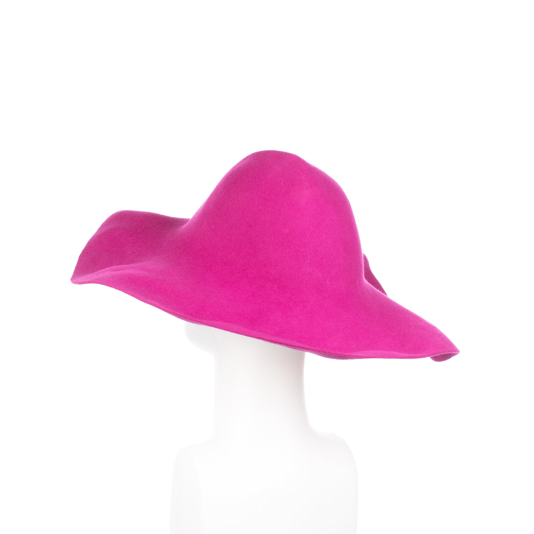 Millinery Supplies UK Fuschia 120g Wool Felt Capeline