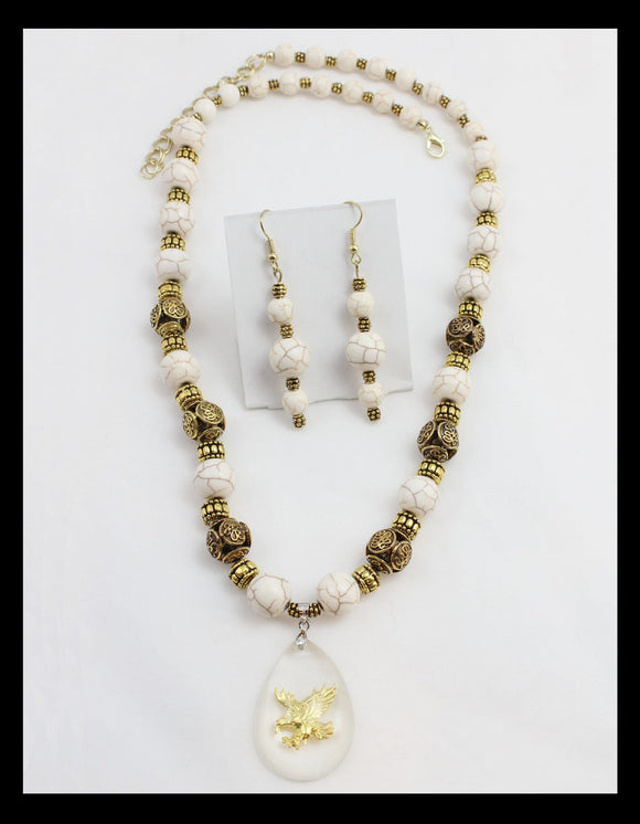 Stunning Cream Colored and Gold Toned Necklace w/ Eagle Pendant
