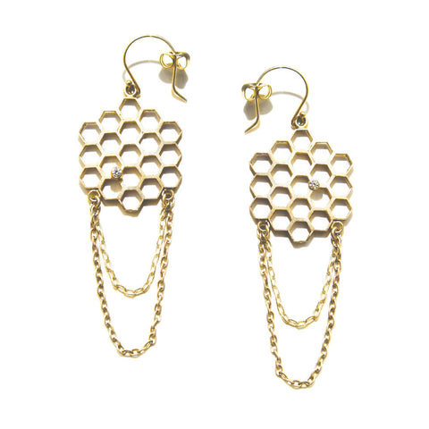 Honeycomb Earring with chain Gold by Ayaka Nishi