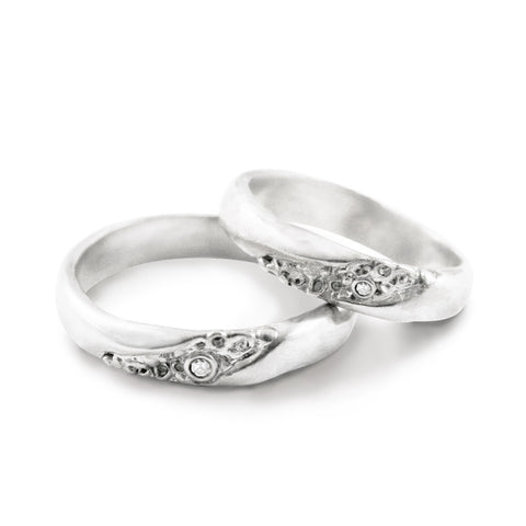 Bone and Cell Texure Wedding Ring