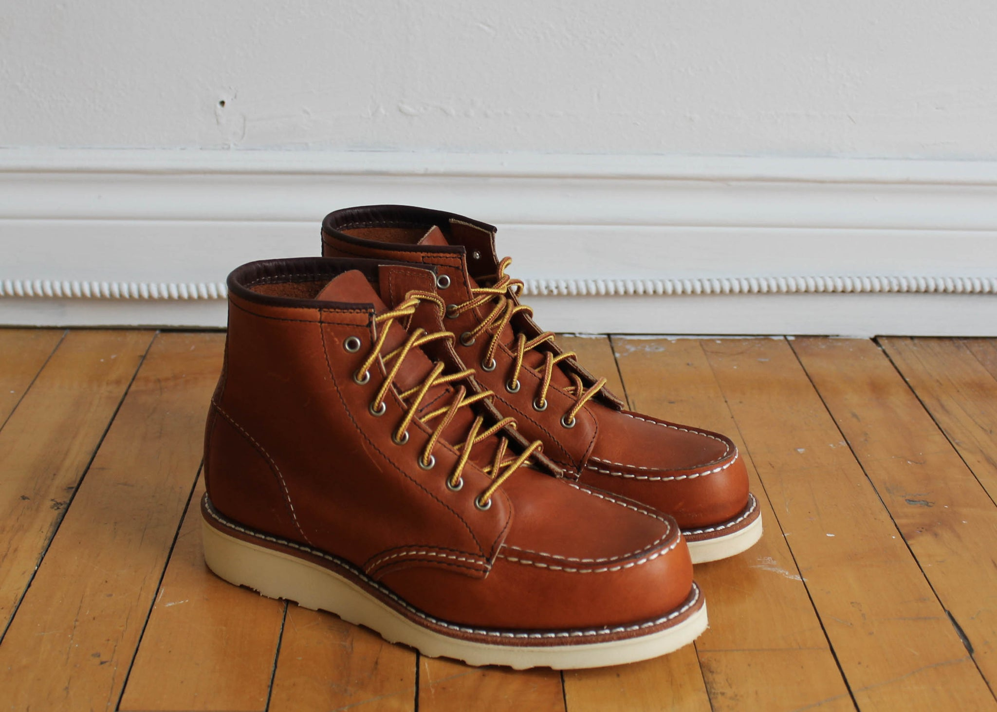 "Legacy Leather 6"" Moc"