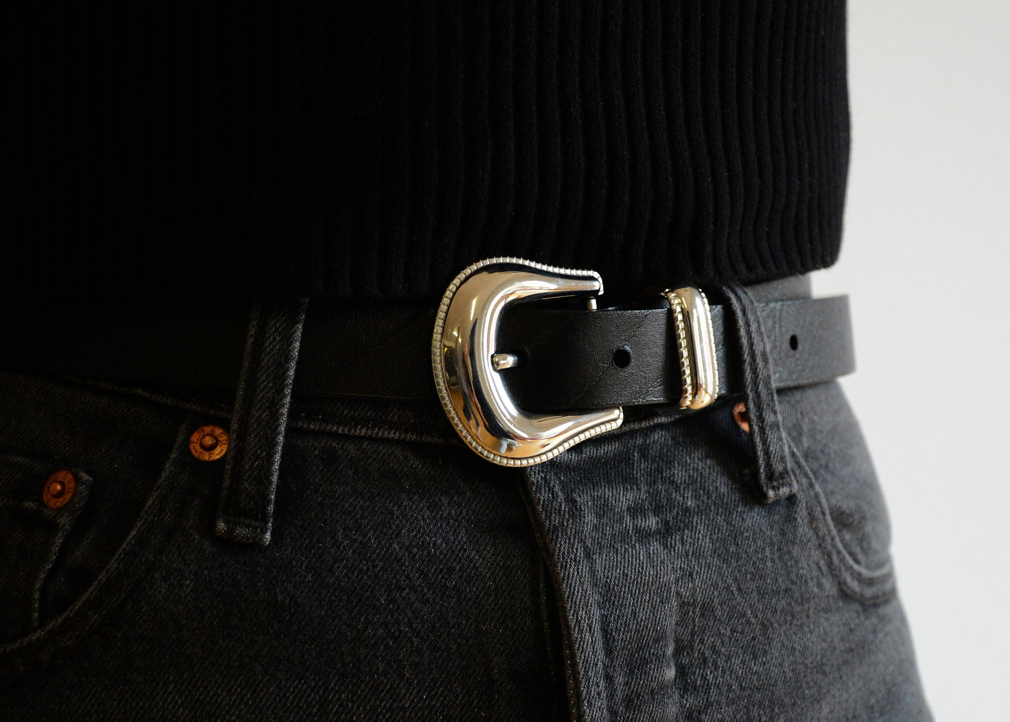 Manas Western Buckle Belt