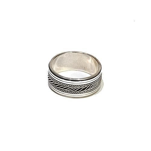 Wave Line Spinner Ring