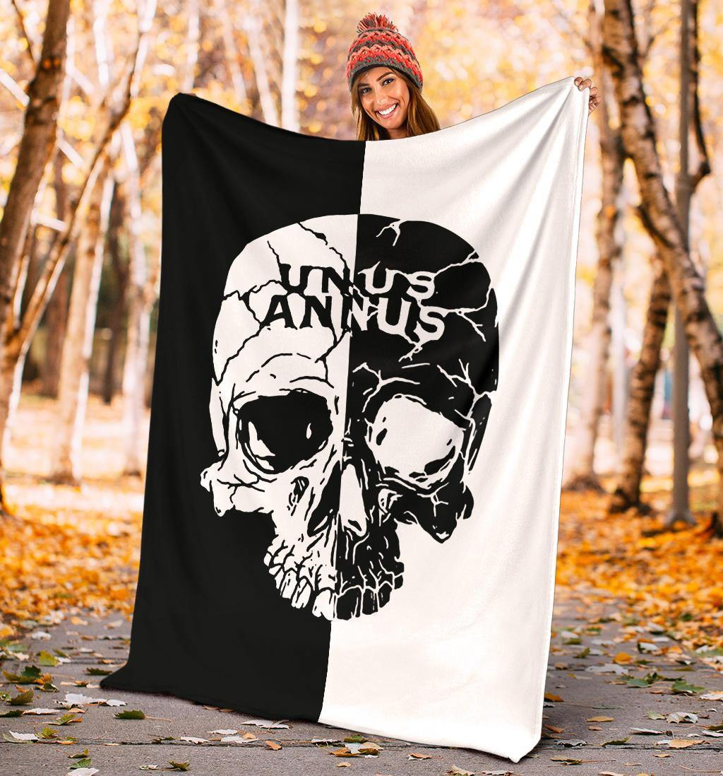 Unus Annus Blanket Cool Gift For Boy Skull Black And White Unus Annus Merch Blanket For Boy - Pfyshop.com