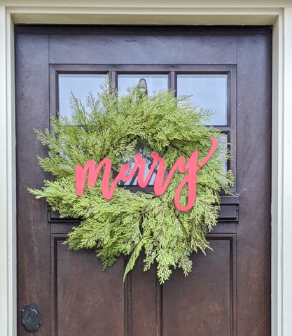 "24"" wreath with Merry Sign"