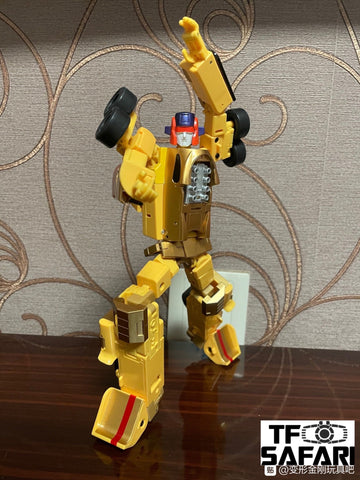 DX9 Toys D17 Guiliano(Dragship, Stunticons, Menasor)21cm / 8.3""