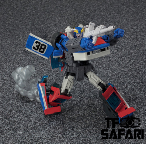 Takara Tomy Masterpiece MP19+ MP-19+ Smokescreen Exclusive (with Collectible Pin) 17cm / 6.7""