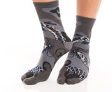 Dragon Grey Pattern Tabi V-Toe Socks