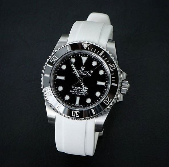 Everest Curved Rubber Strap White EH5 with Tang Buckle for Rolex Sports Models