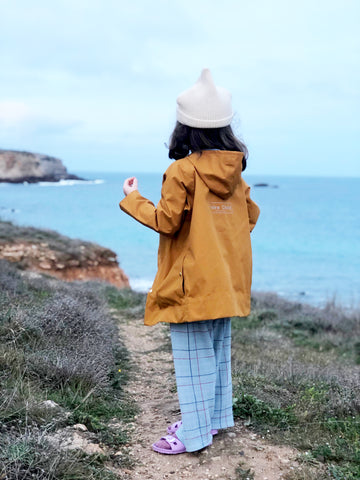 waterproof-fabric-children's-outerwear-sustainable-clothing-sympatex-fabric