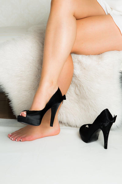 Make your peep toes the statement of your look
