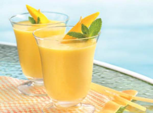 Mango And Wheatgerm Smoothie