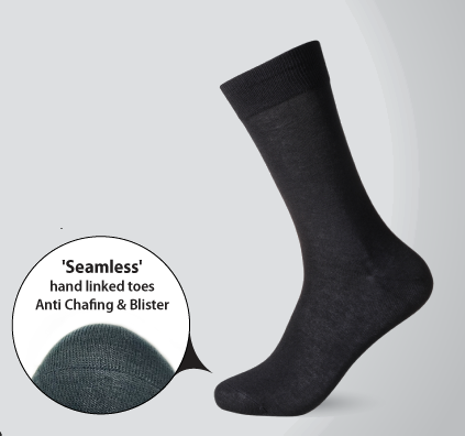 Seamless, hand linked toes anti chafing and blister