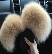 Load image into Gallery viewer, 2020  Real Fox Fur Slides Wholesale Furry Sliders Women Ladies Fur Slippers hand mada amazing Quality