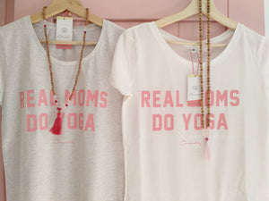 "Camiseta Mujer ""REAL Moms do Yoga"""