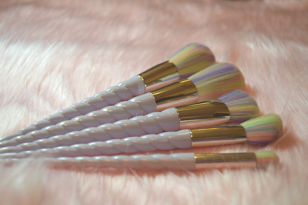 Makeup Brushes - 5 Piece Set