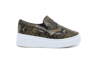 Tênis Slip On Estampa Cobra