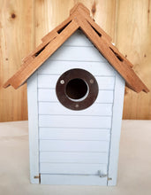 Load image into Gallery viewer, Gardman Beach Hut Nest Box