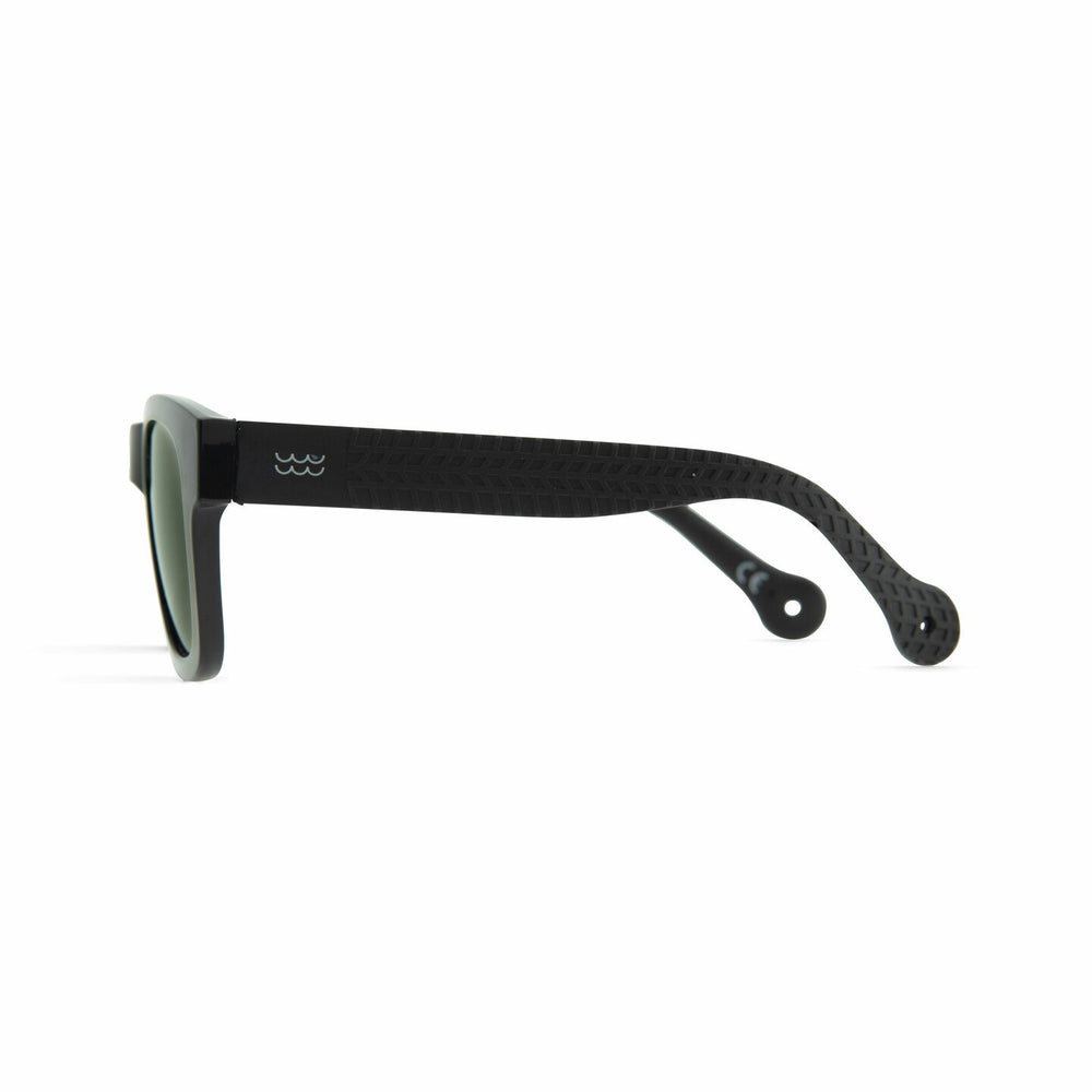 Parafina Cayuco Sunglasses - Widow Black/Pepper Green - The Village Soccer Shop
