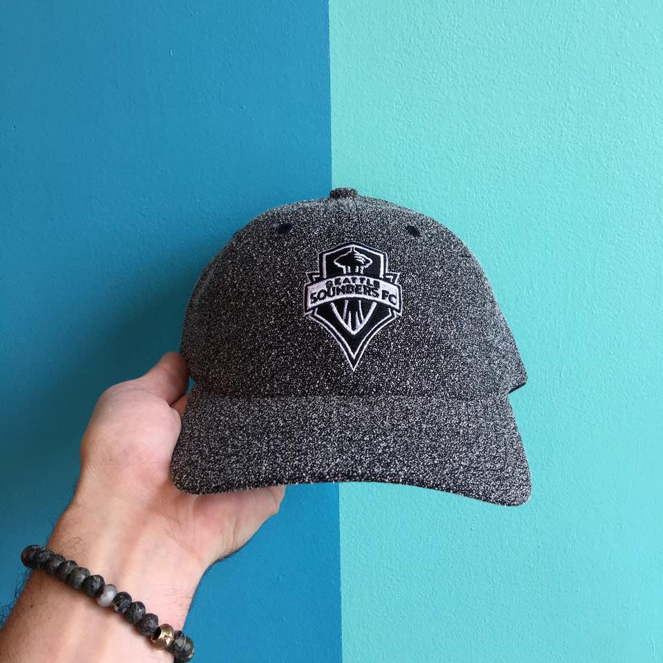 Mitchell & Ness Seattle Sounders BW Static Strapback