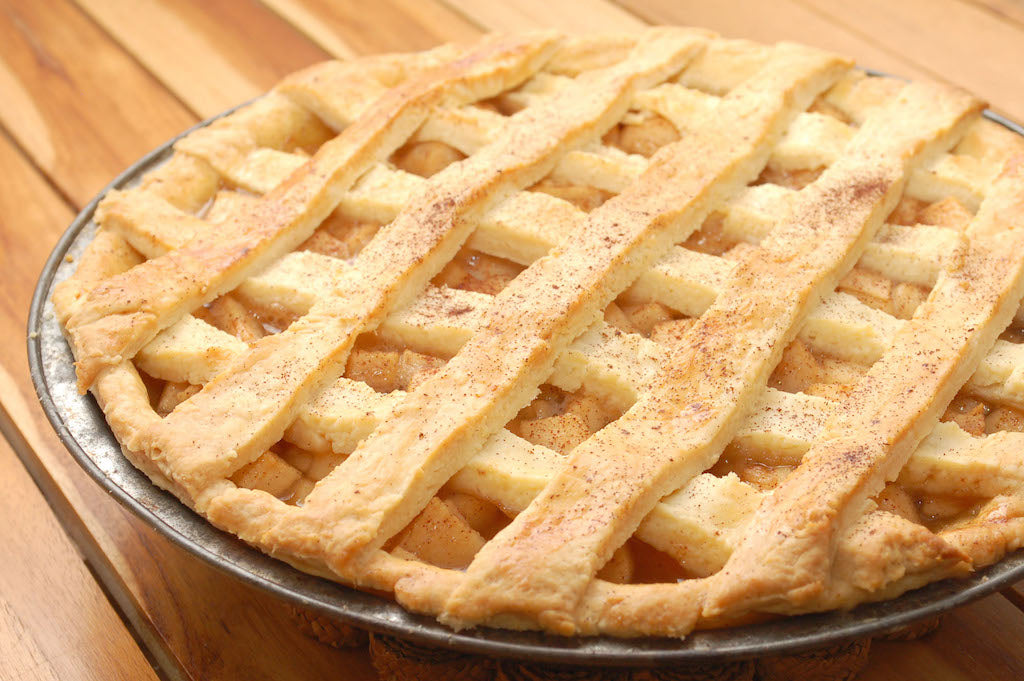 healthy pie with raw honey