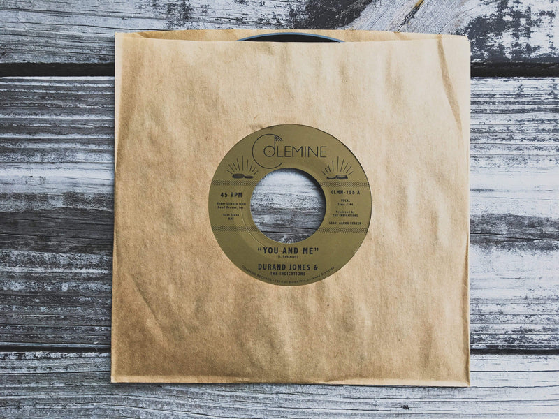 "Durand Jones & The Indications - You And Me b/w Put A Smile On Your Face (7"") Colemine Records"