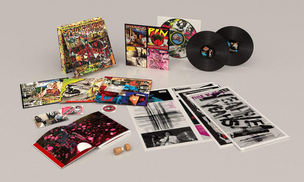 Yeah Yeah Yeahs - Fever To Tell (Deluxe Boxset - 2xLP + Book + USB Combo) Geffen Records