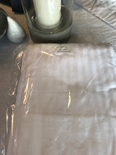 Load image into Gallery viewer, 250tc King Single Self Stripe Fitted Sheet