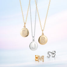 Load image into Gallery viewer, Disc Pendant with Pave Diamond Letter