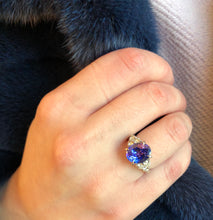 Load image into Gallery viewer, 14k White Gold Diamond and Tanzanite Ring