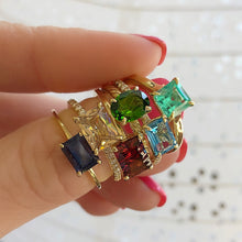 Load image into Gallery viewer, 14k yellow gold and emerald ring.