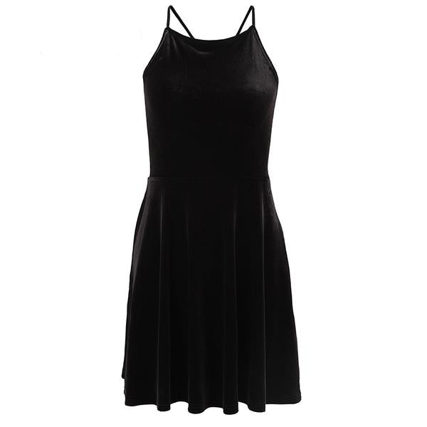 Sabrina's Little Black Dress - veronalifestyle.com